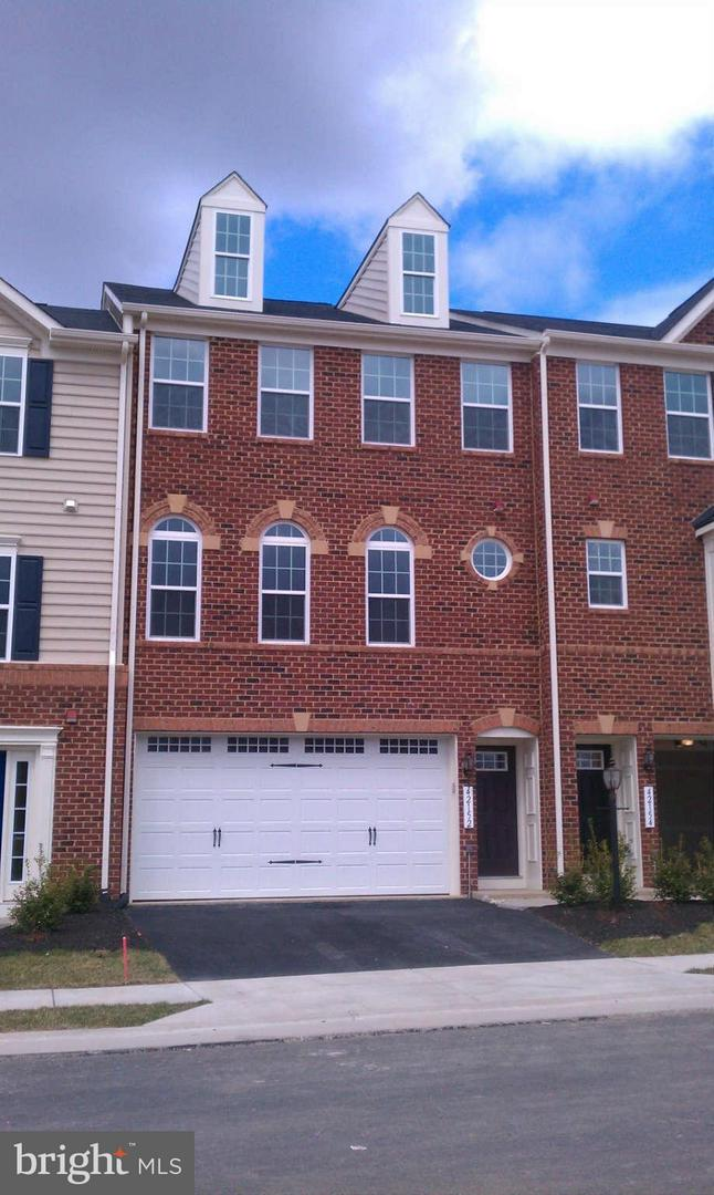 Other Residential for Rent at 42152 Sandown Park Ter Aldie, Virginia 20105 United States