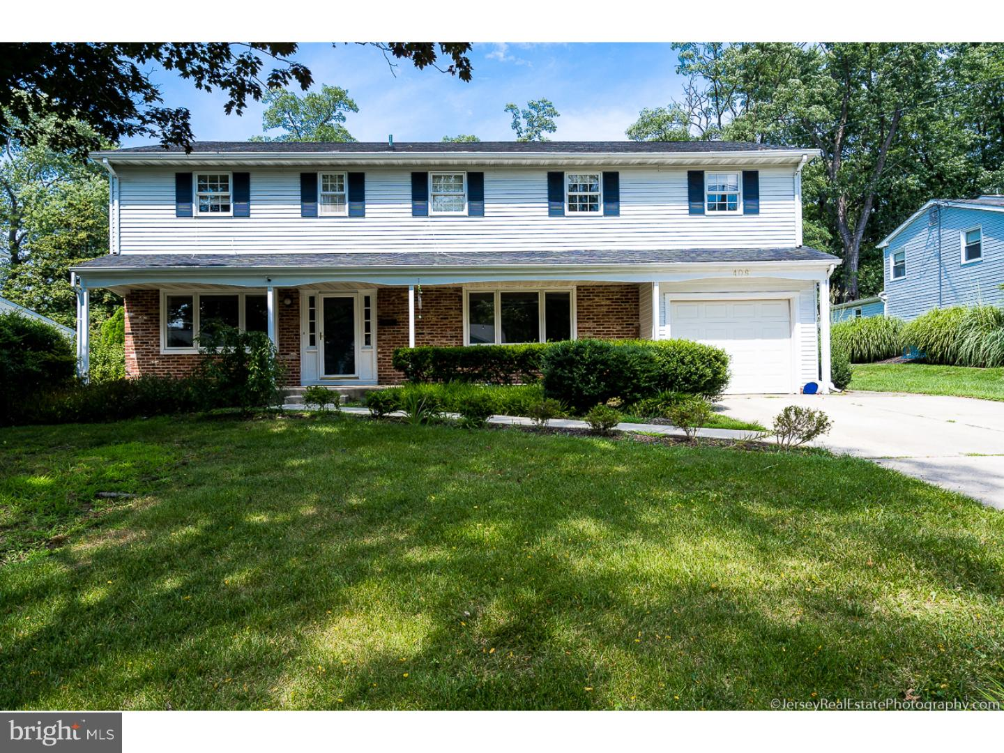 Photo of home for sale at 409 Barby Lane, Cherry Hill NJ