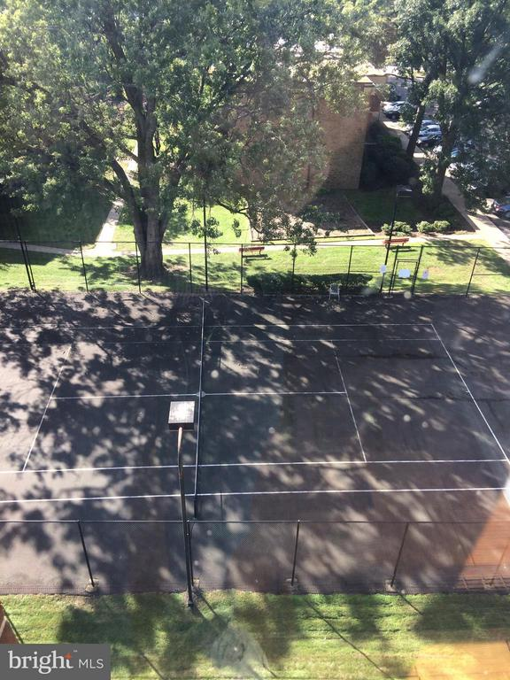Tennis Court - 9900 GEORGIA AVE #27-412, SILVER SPRING