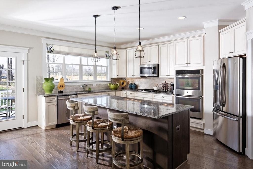 Kitchen - PENINSULA CT, ROUND HILL