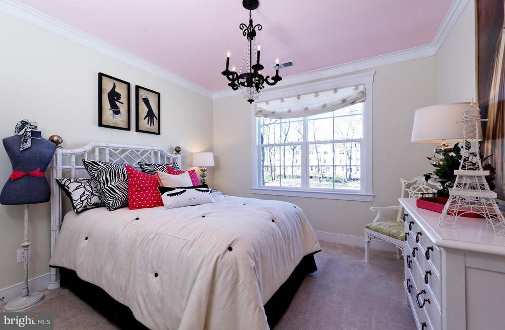 Bedroom - PENINSULA CT, ROUND HILL