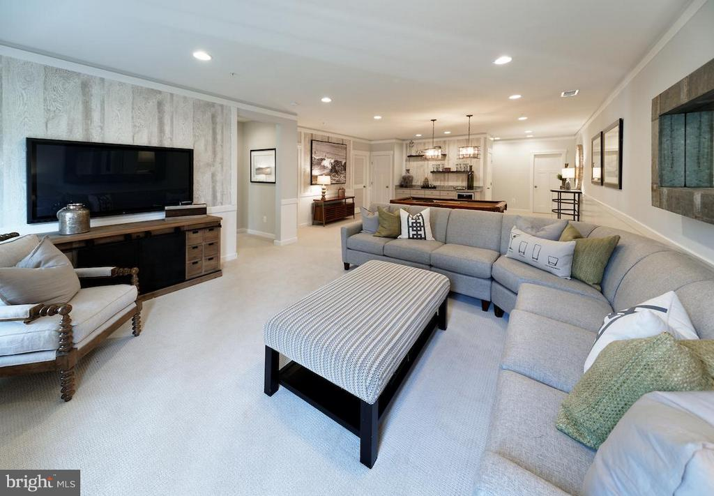 Basement - BROOKCREST WAY, ROUND HILL