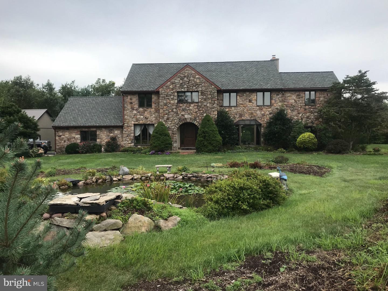 Einfamilienhaus für Verkauf beim 137 FRETZ Road Telford, Pennsylvanien 18969 Vereinigte Staaten