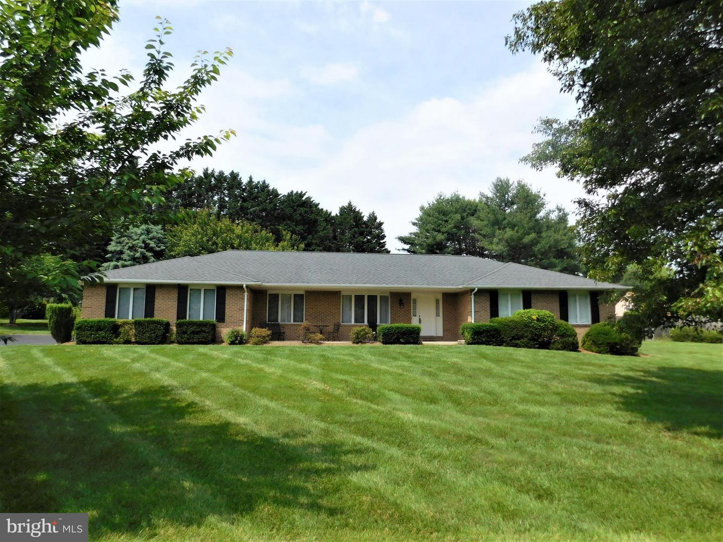 Photo of home for sale at 3050 Hickory Ridge Road, Dunkirk MD