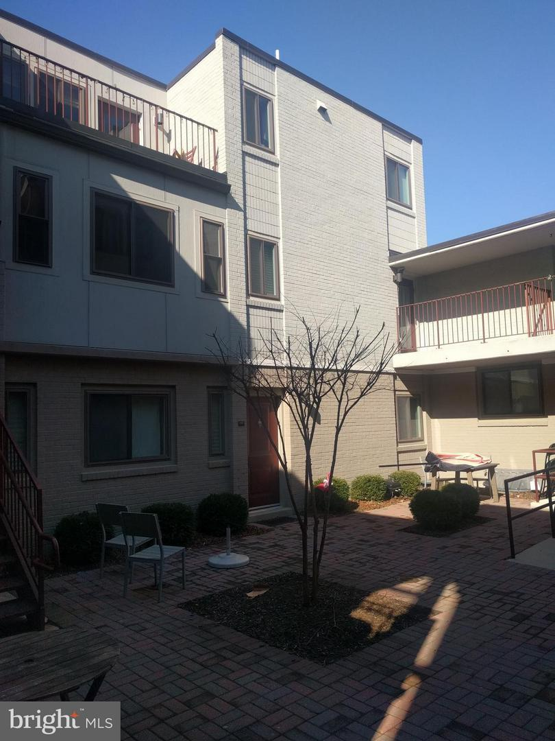 Single Family for Sale at 1225 Fairmont St NW #p-2 Washington, District Of Columbia 20009 United States
