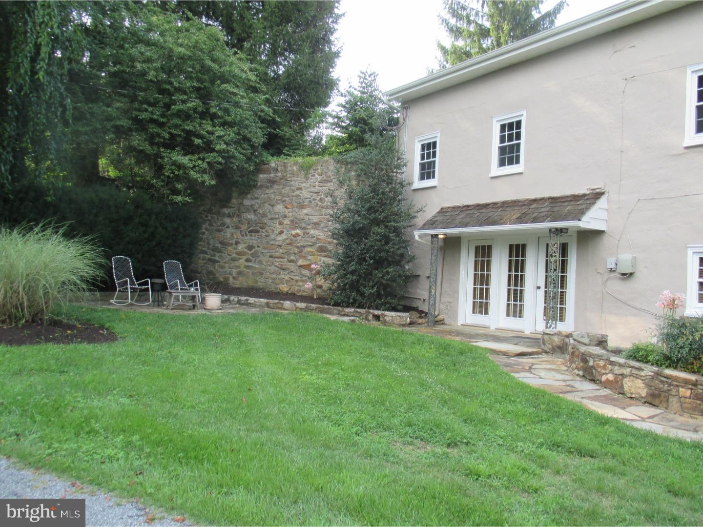 Photo of home for sale at 253 Old Mill Road, Parkesburg PA