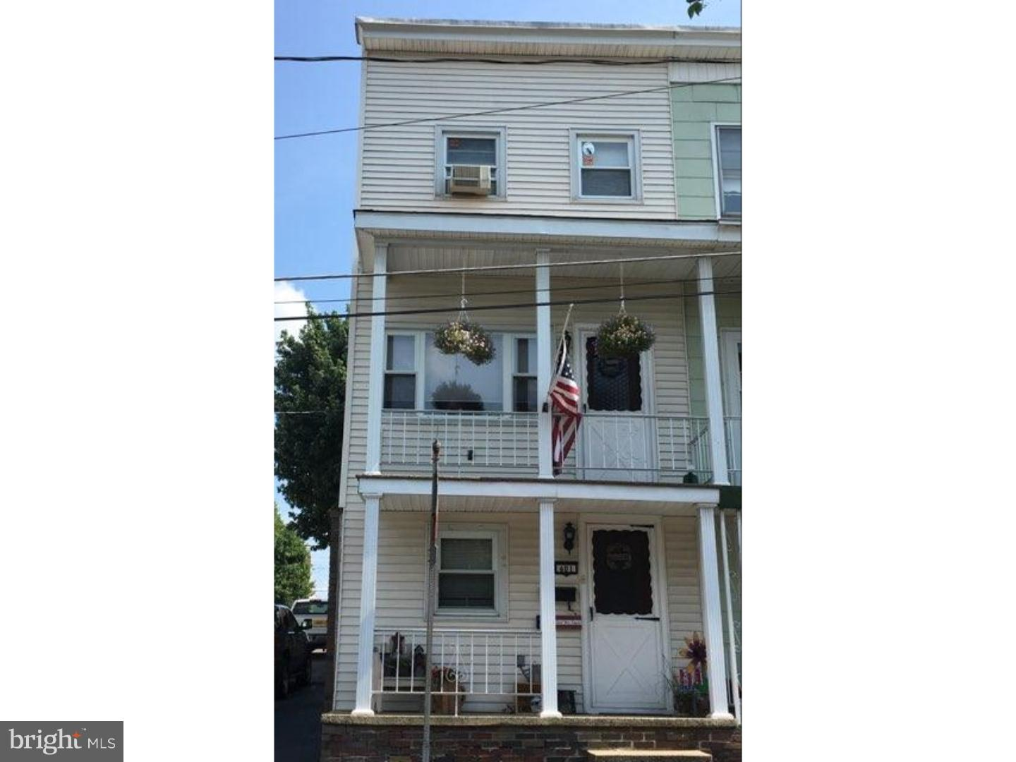 Single Family Home for Sale at 401 LYTLE Street Minersville, Pennsylvania 17954 United States