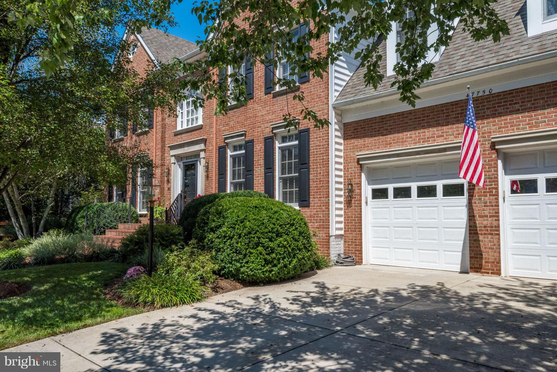Single Family for Sale at 47750 Brawner Pl Sterling, Virginia 20165 United States