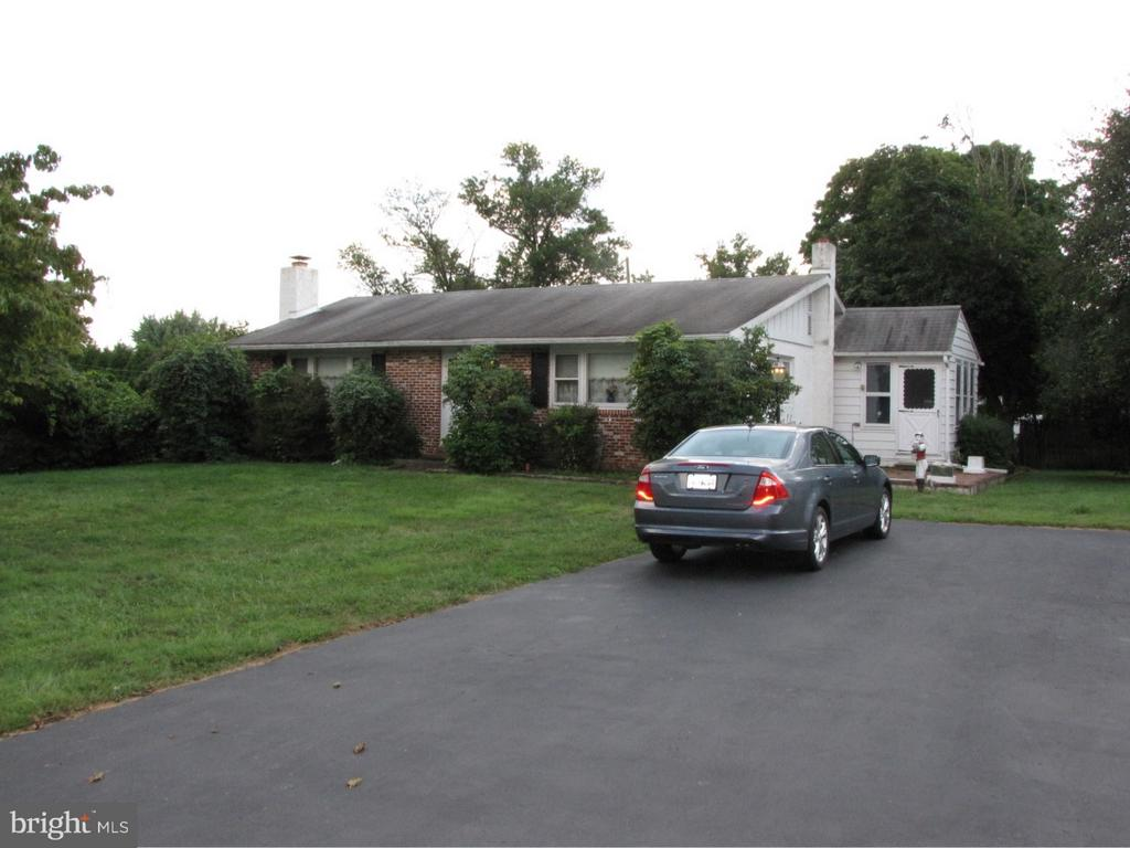 221  PINE AVENUE, Horsham in MONTGOMERY County, PA 19044 Home for Sale