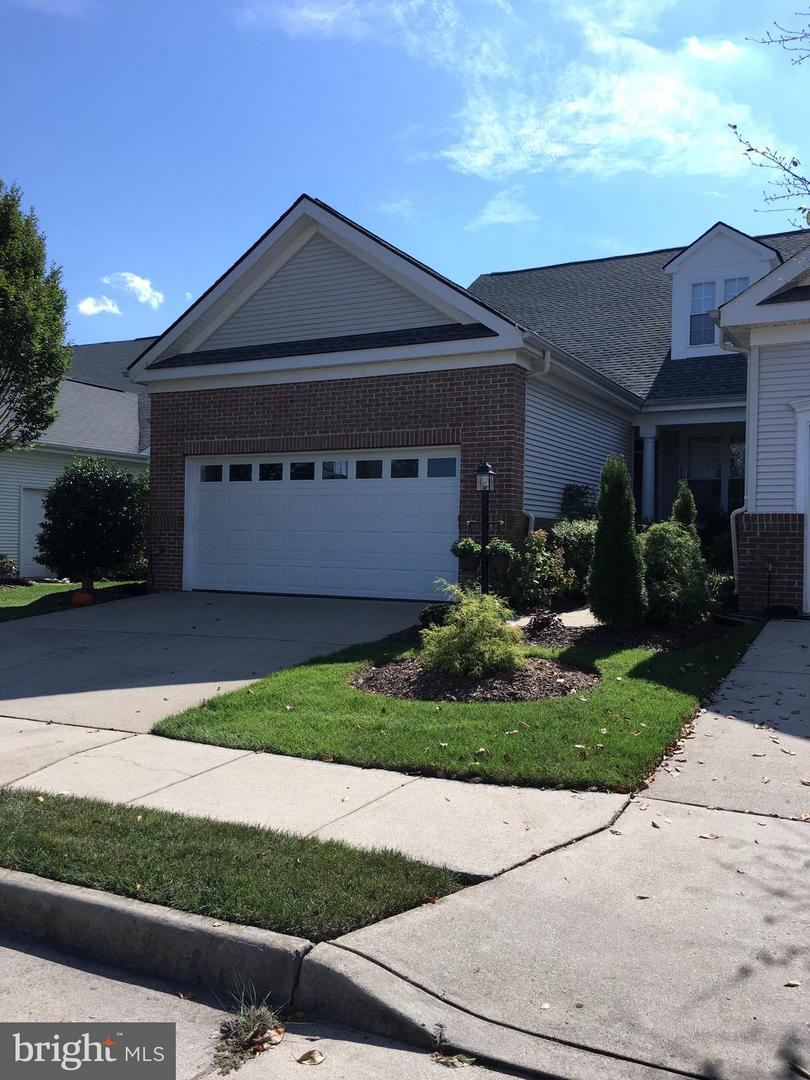 Photo of home for sale at 13961 Chelmsford Drive, Gainesville VA