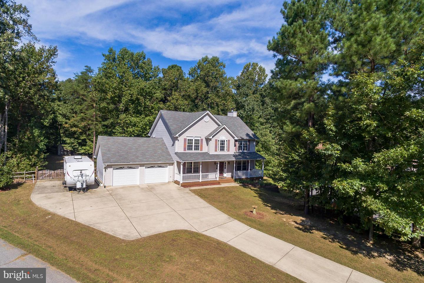 Photo of home for sale at 5900 Weaver Court, Saint Leonard MD