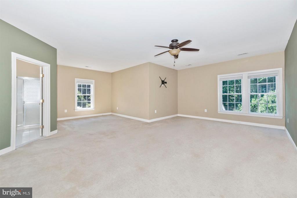 Bedroom (Master) - 9111 CHARTERHOUSE RD, FREDERICK