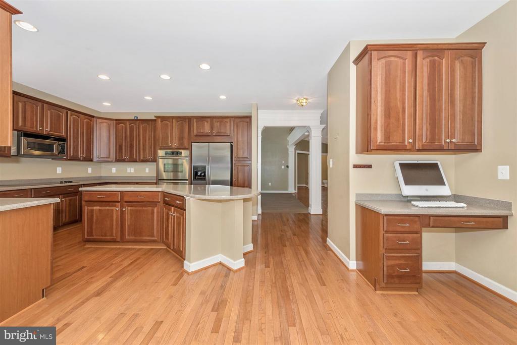 Kitchen - 9111 CHARTERHOUSE RD, FREDERICK
