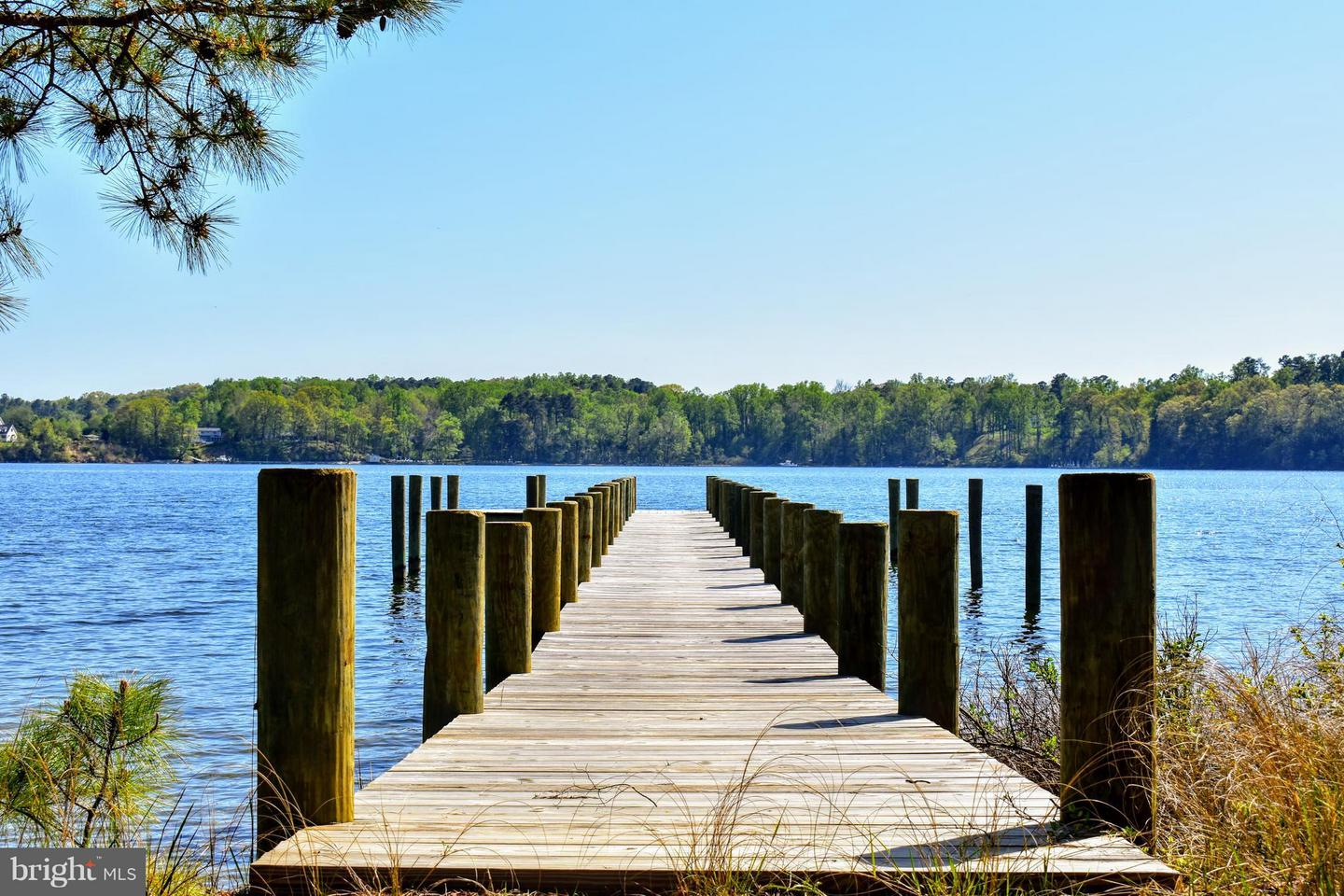 Land for Sale at 18675 Point Lookout Rd Park Hall, Maryland 20667 United States