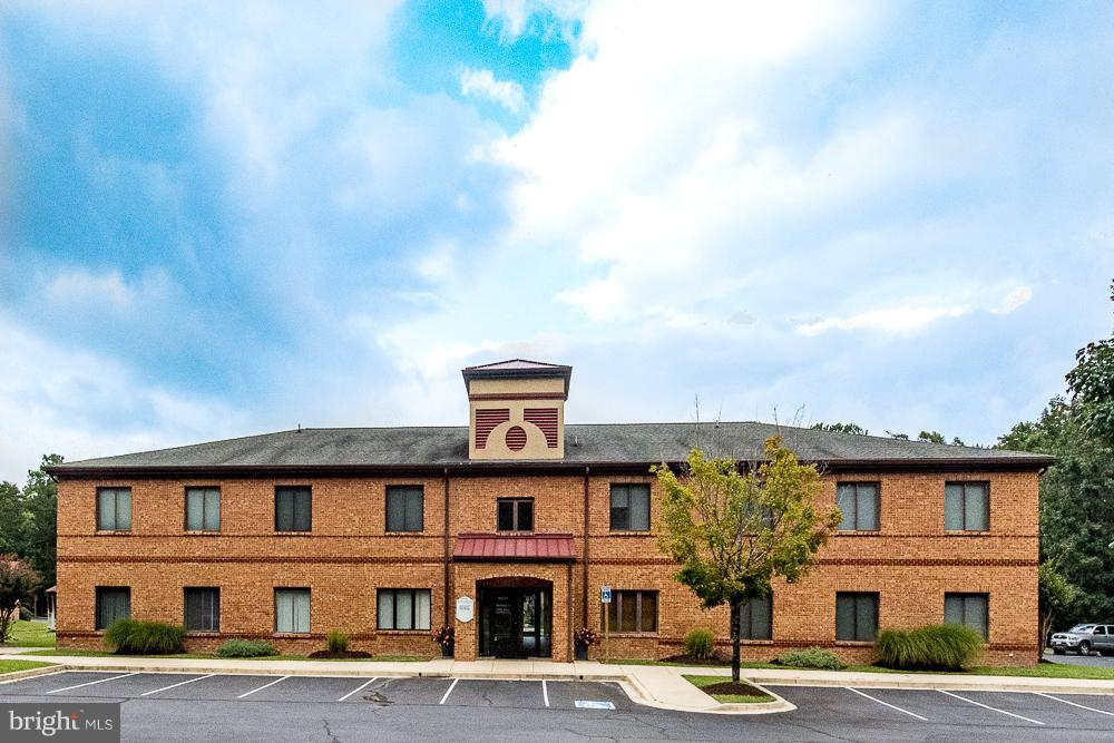 Other Residential for Rent at 48015building 4 Pine Hill Run Rd Lexington Park, Maryland 20653 United States