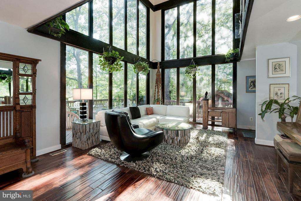 Sprawling Windows - Tons of Light and Great Views - 8220 BRADY ST, ALEXANDRIA