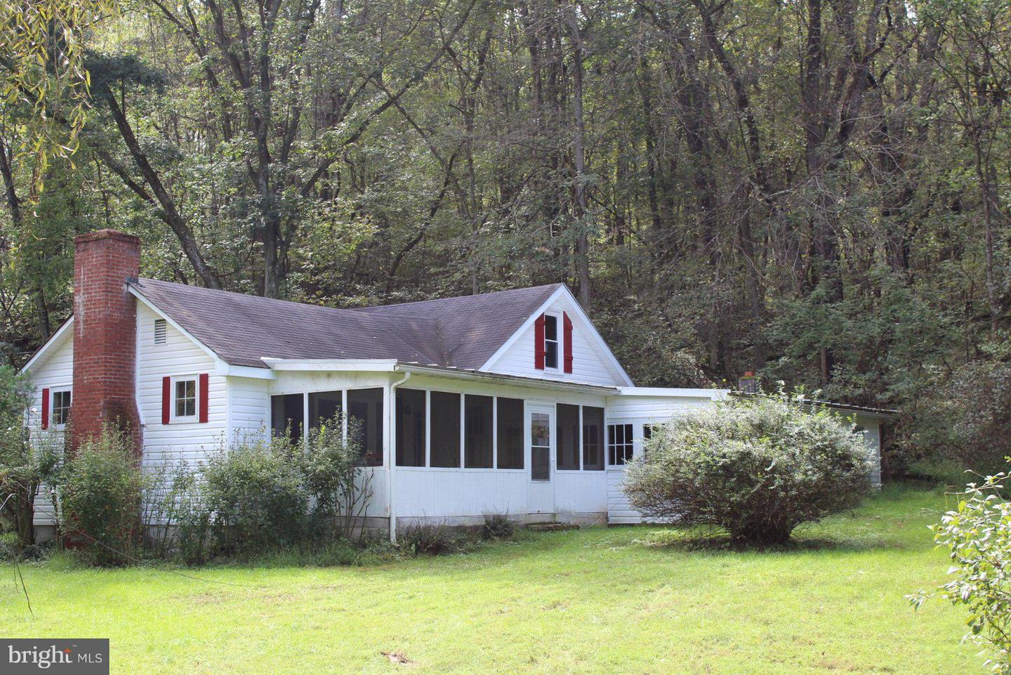 Single Family for Sale at 1485 Compton Hollow Rd Rileyville, Virginia 22650 United States