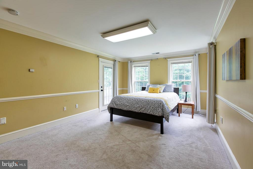 Large Bedroom 2 on Upper Level w/ Porch Access - 16808 OAK HILL RD, SILVER SPRING