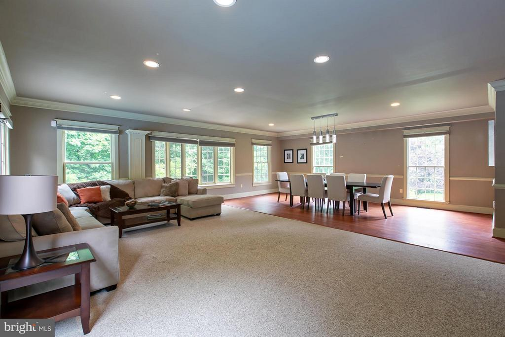 Spacious Dining/Family Room addition - 16808 OAK HILL RD, SILVER SPRING