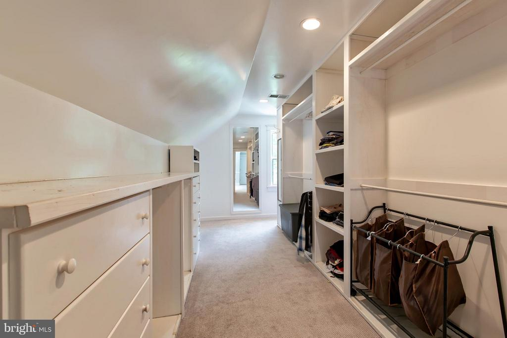 Large Master Walk-in Closet - 16808 OAK HILL RD, SILVER SPRING