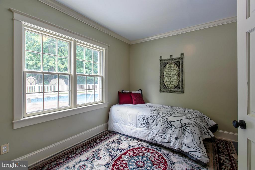 Main Level Bedroom - 16808 OAK HILL RD, SILVER SPRING