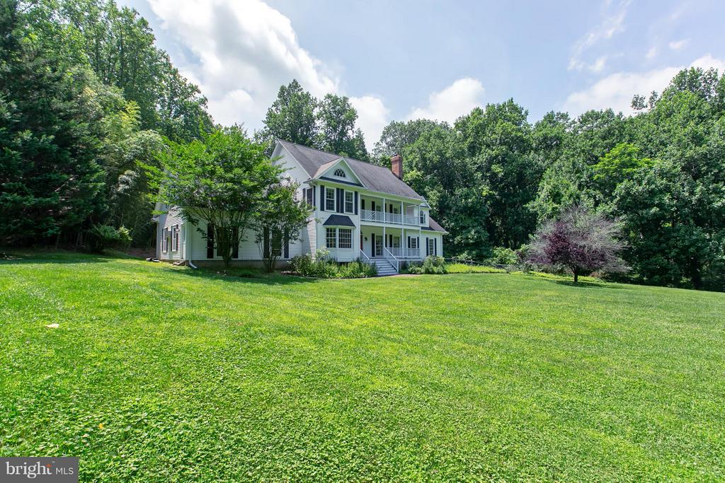 Privacy w/ Mature Trees, Open Cleared Meadow - 16808 OAK HILL RD, SILVER SPRING