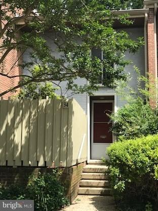 Single Family for Sale at 34 Bouton Green Ct Baltimore, Maryland 21210 United States