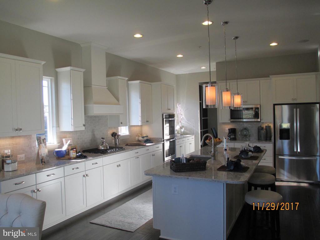 Kitchen - 8395 PINE BLUFF RD, FREDERICK