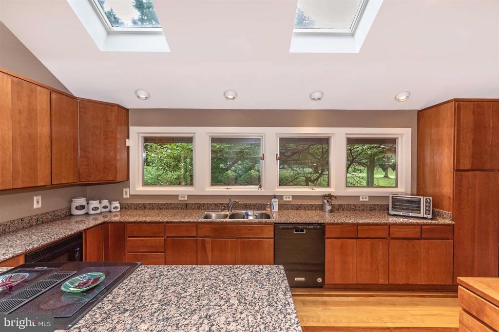 Custom Kitchen with Ample Space and Skylights - 6303 WINPENNY DR, FREDERICK