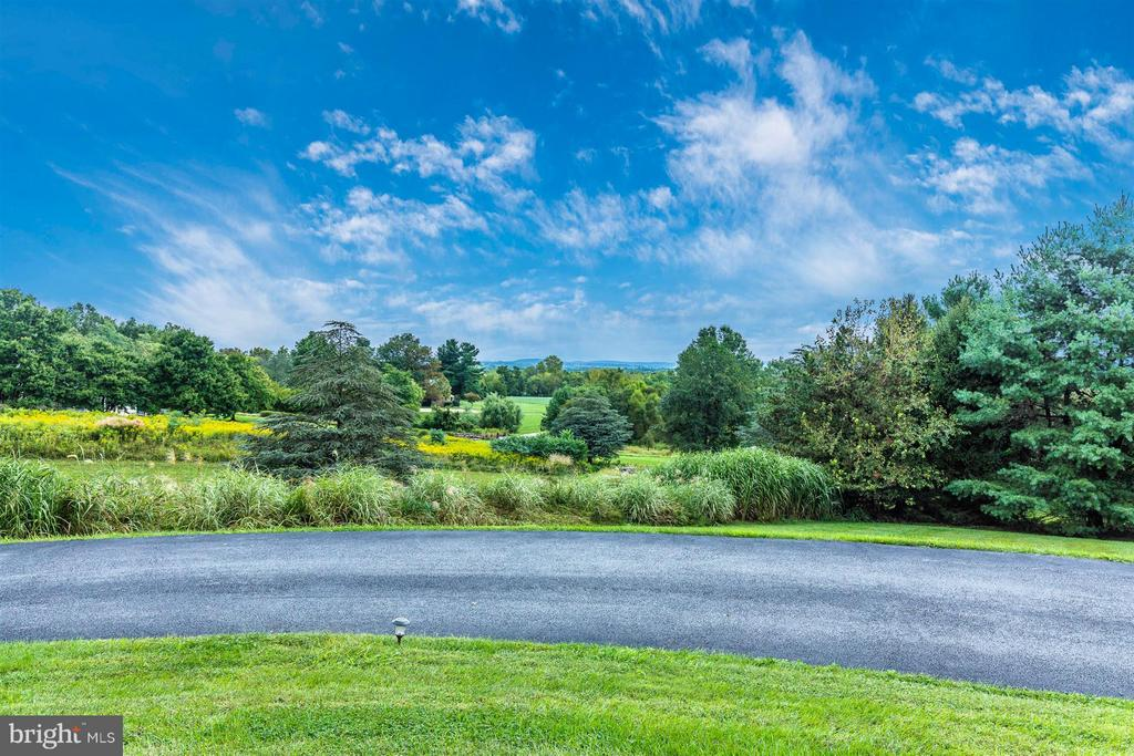 Breathtaking Views - Truly a Must See - 6303 WINPENNY DR, FREDERICK