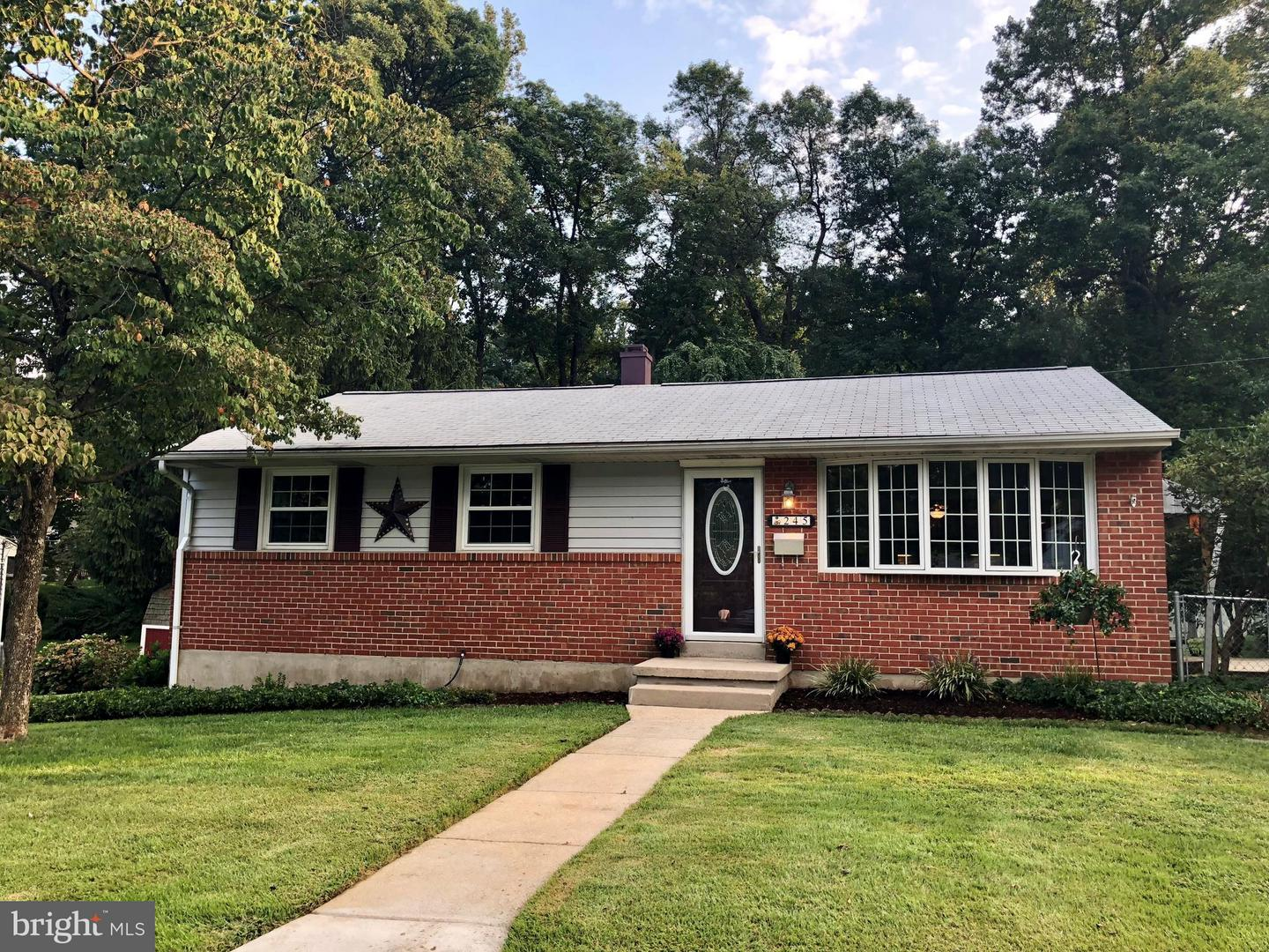 Photo of home for sale at 245 Chartley Drive, Reisterstown MD