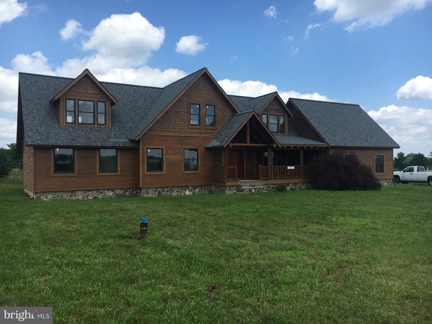 Single Family for Sale at 14306 Fairview Rd Clear Spring, Maryland 21722 United States