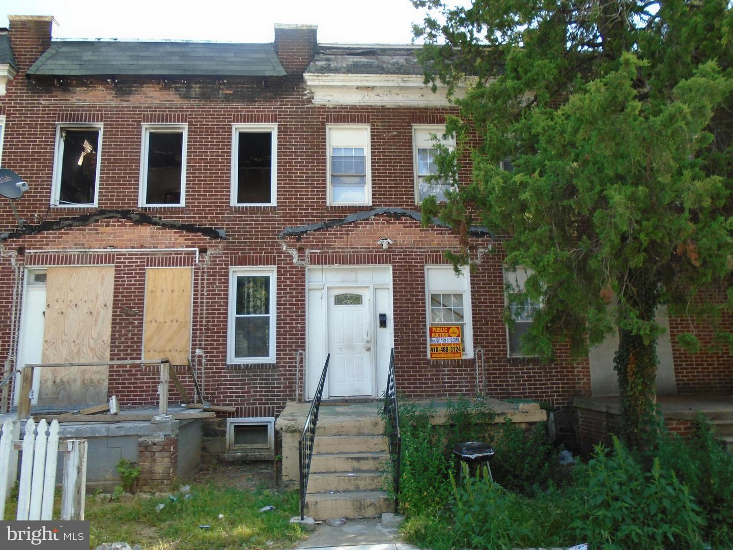 Single Family for Sale at 221 Catherine St S Baltimore, Maryland 21223 United States
