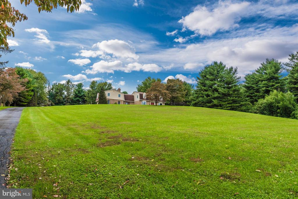 Beautiful property! - 12403 HILL CT, MOUNT AIRY