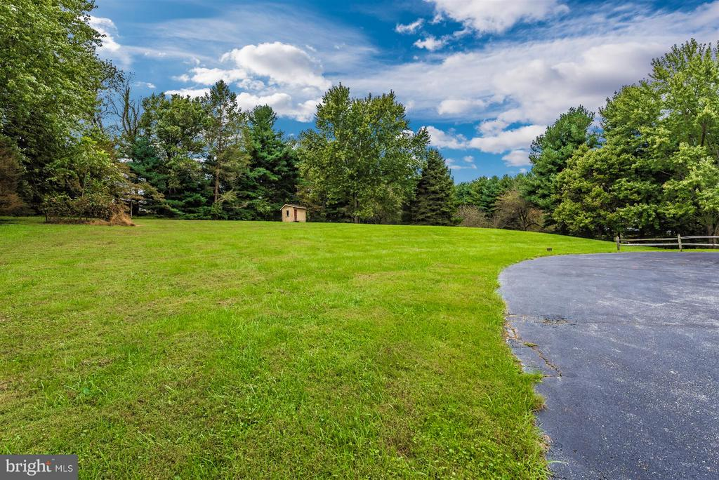 Serene property! - 12403 HILL CT, MOUNT AIRY