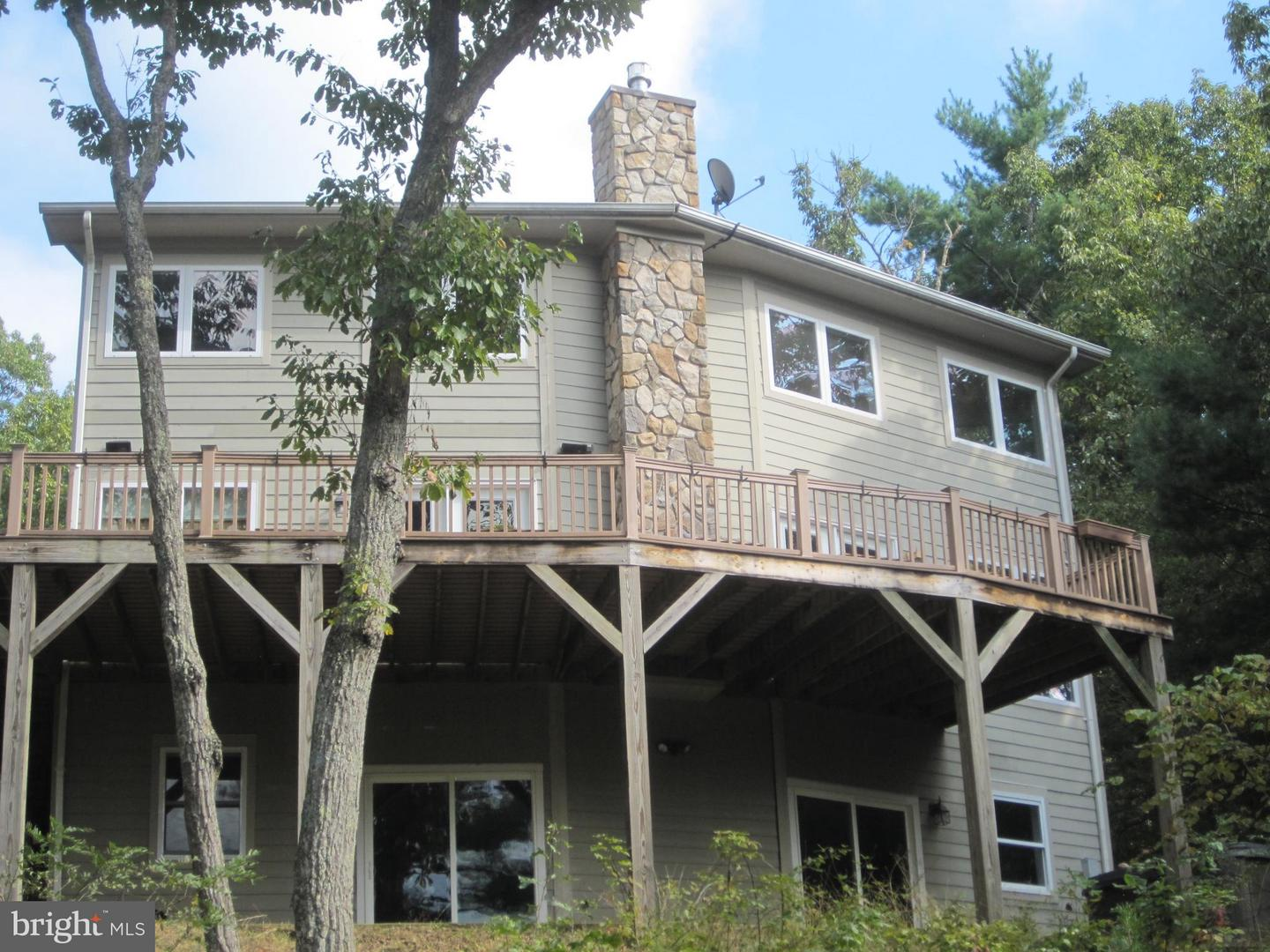 Single Family for Sale at 167 Williams Ln Basye, Virginia 22810 United States