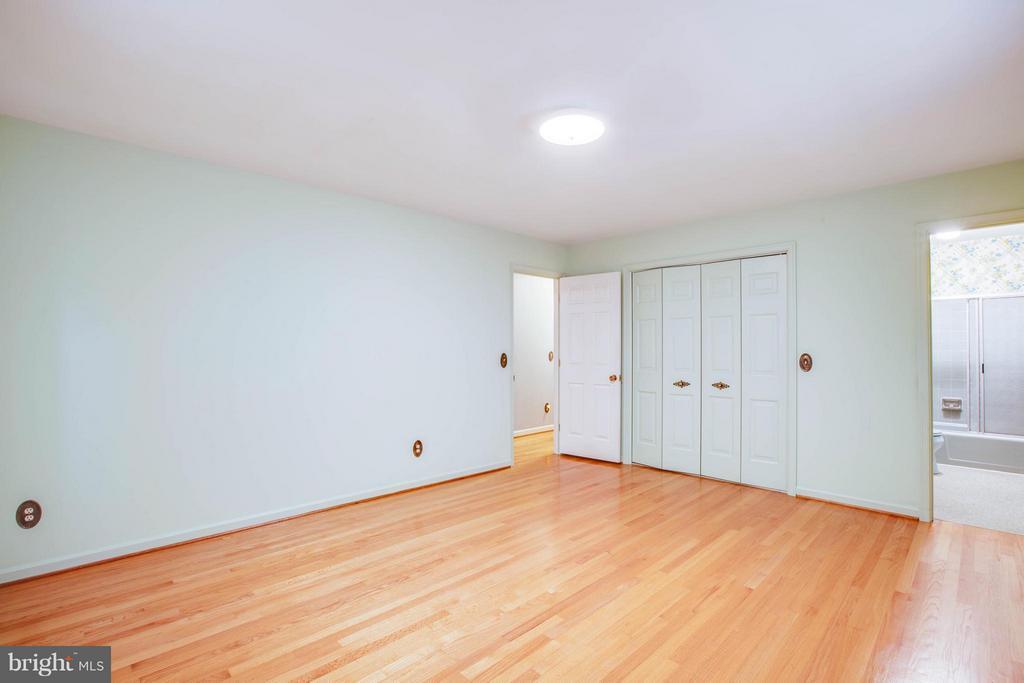 Bedroom (Master) - 5910 CONCORD DR, FREDERICKSBURG