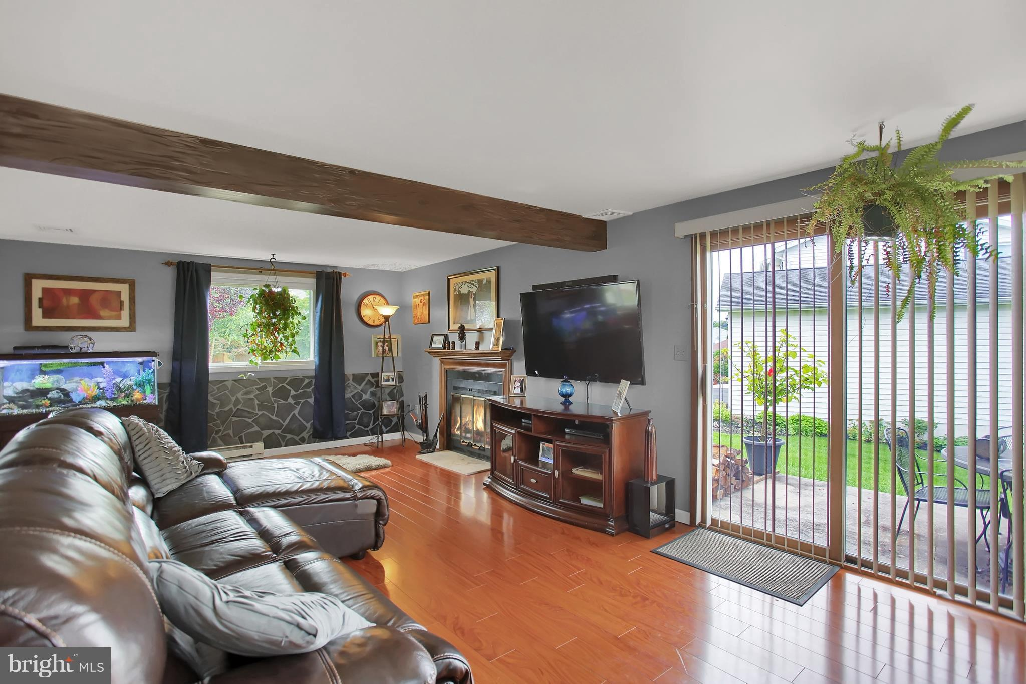 Lower level Walk out Family Room