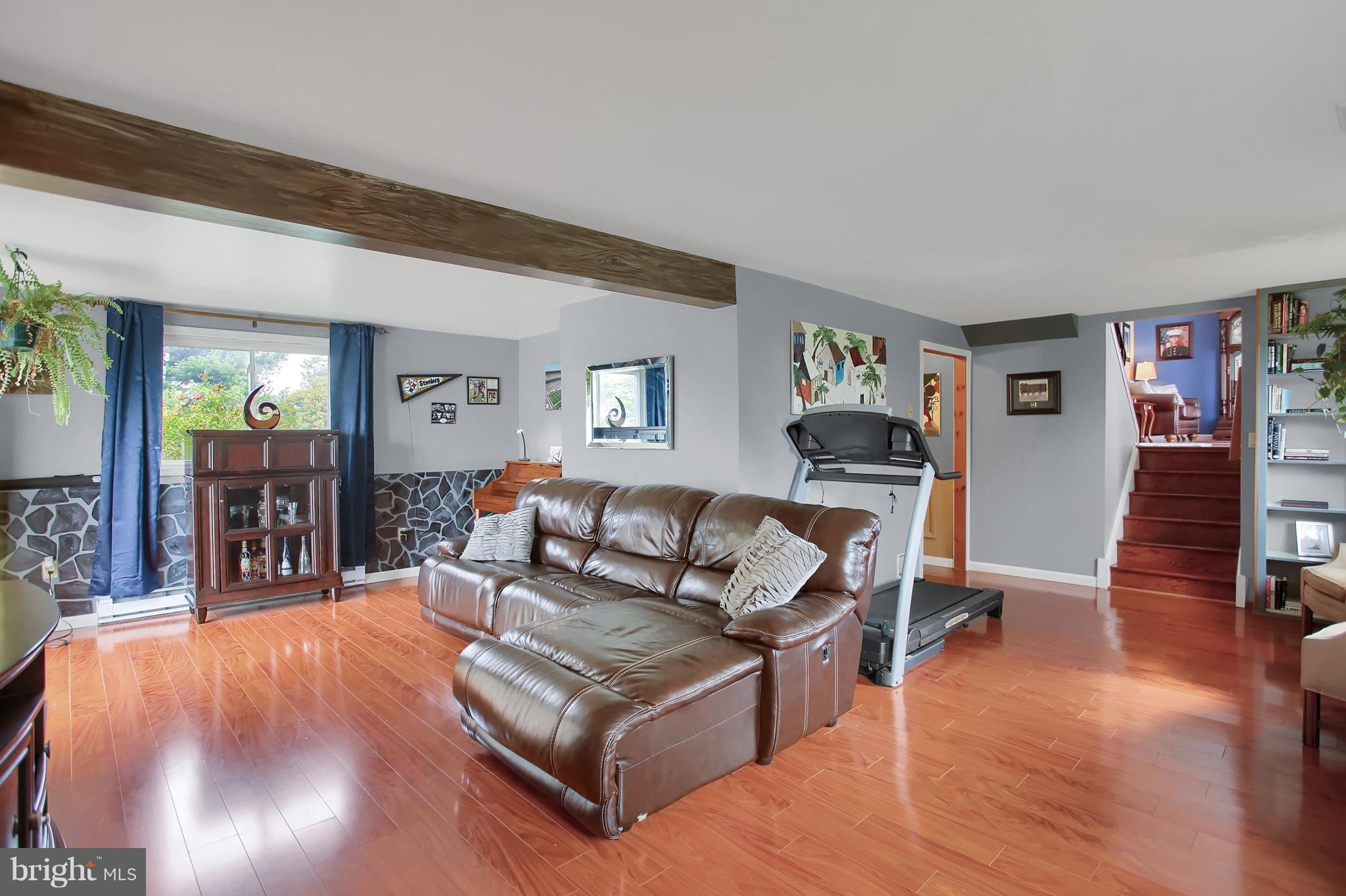 Family Room, Great space