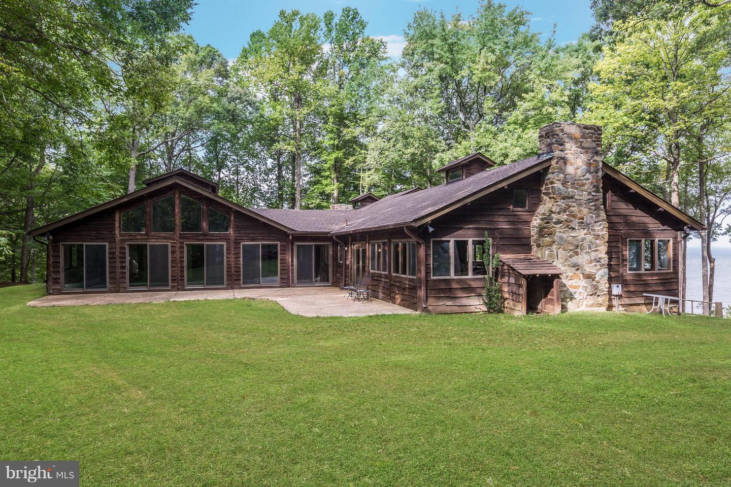 Single Family for Sale at 4745 Camp Roosevelt Dr Chesapeake Beach, Maryland 20732 United States