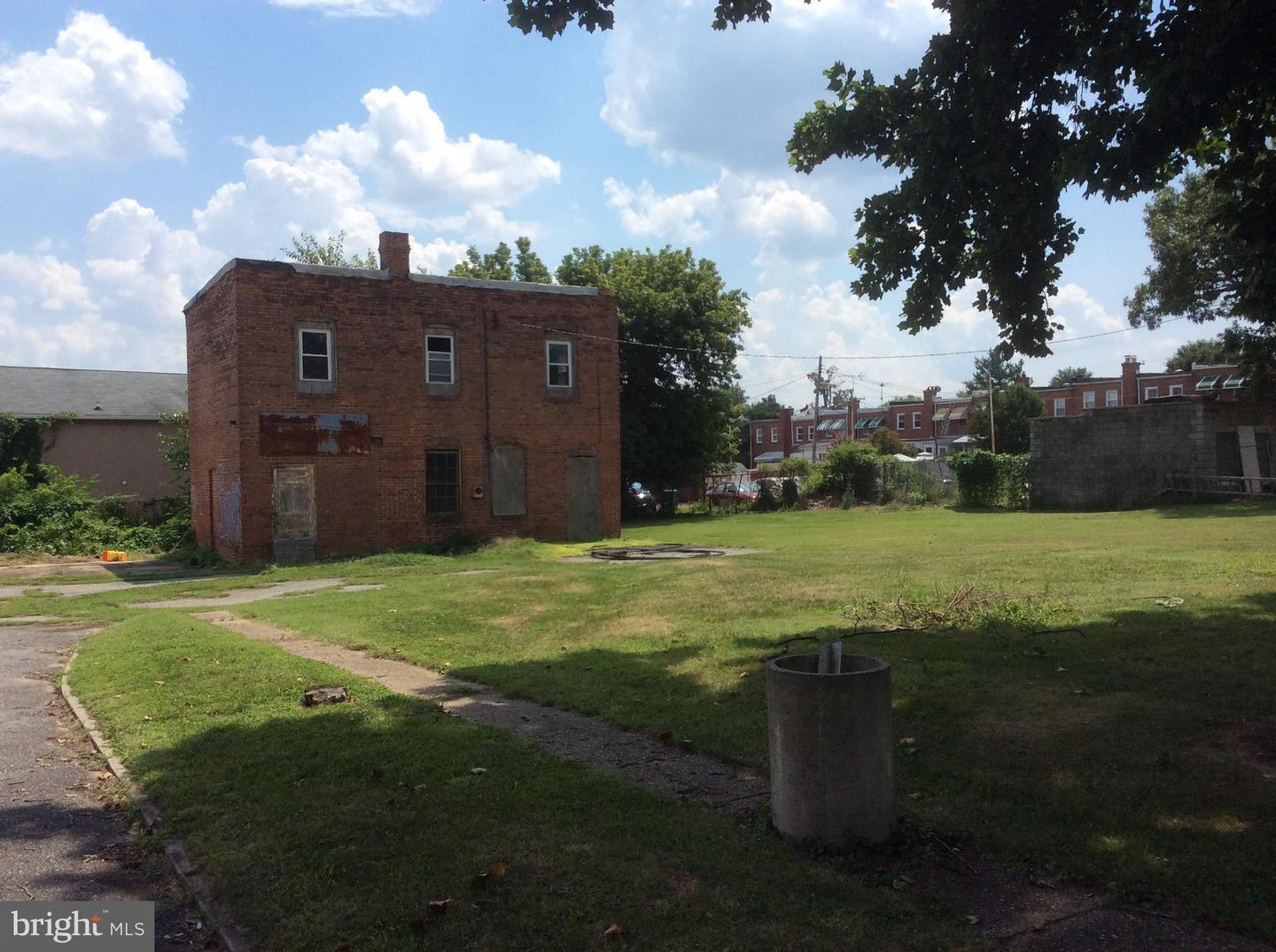 Commercial for Sale at 3819 Wilkens Ave Baltimore, Maryland 21229 United States