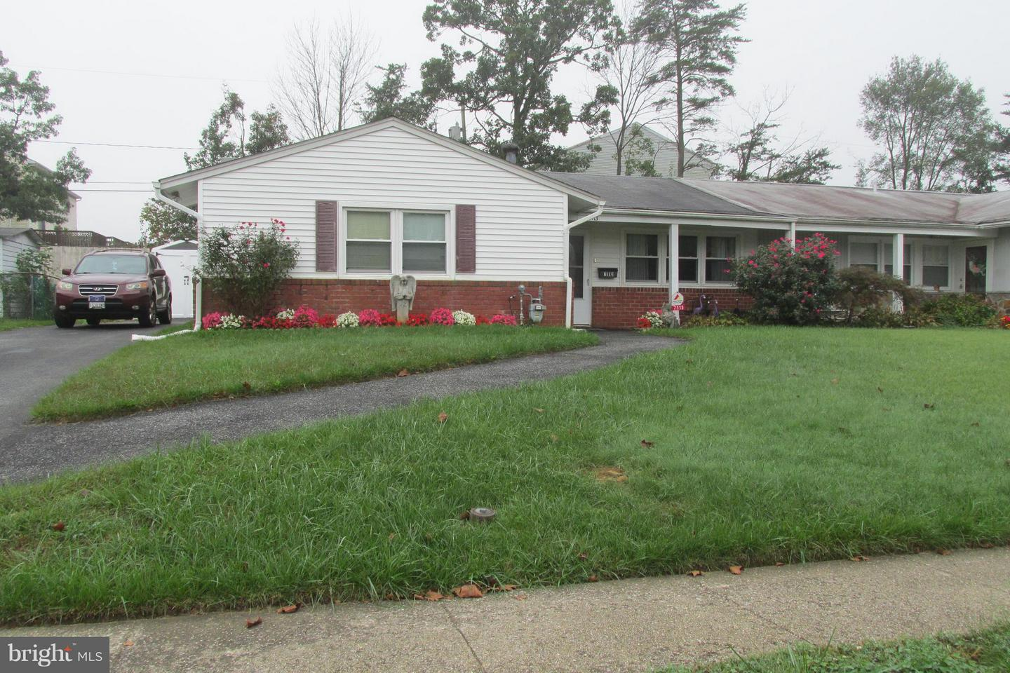 Single Family for Sale at 7113 Chamberlain Rd Windsor Mill, Maryland 21244 United States