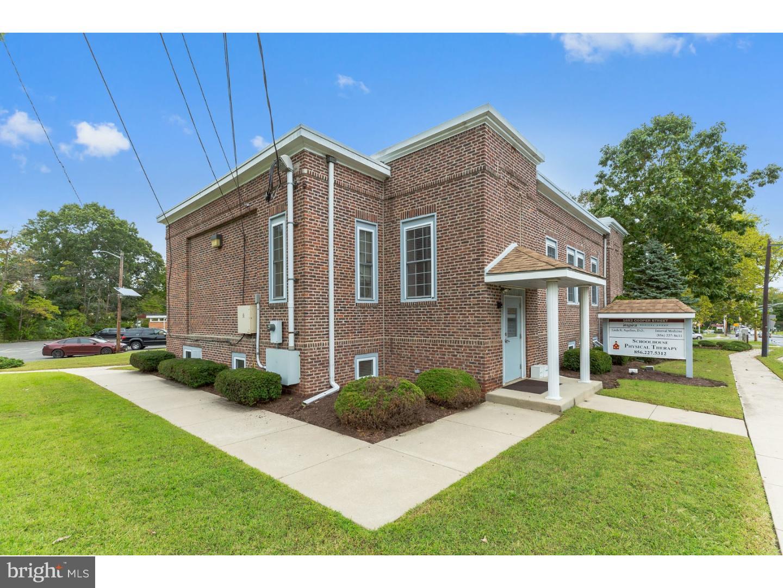Nhà ở một gia đình vì Bán tại 1652 COOPER Street Deptford Township, New Jersey 08096 Hoa Kỳ