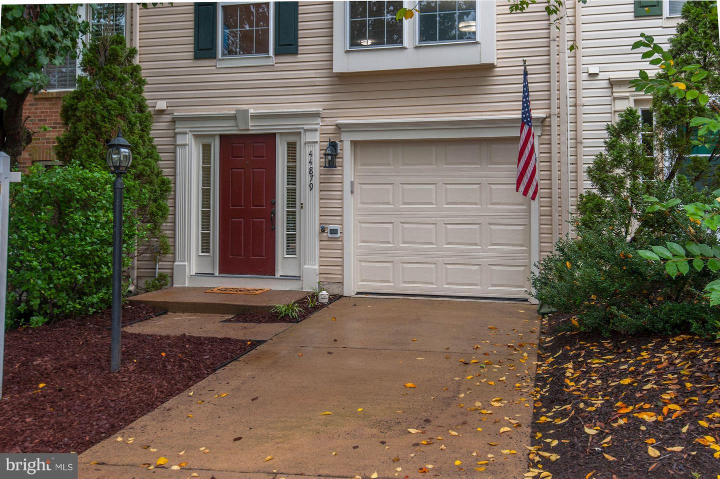 Single Family for Sale at 44879 Grove Ter Ashburn, Virginia 20147 United States