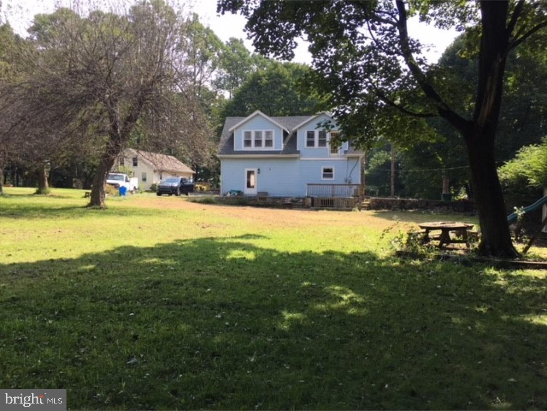 独户住宅 为 销售 在 2618 ANTIETAM Avenue 雷丁, 宾夕法尼亚州 19606 美国