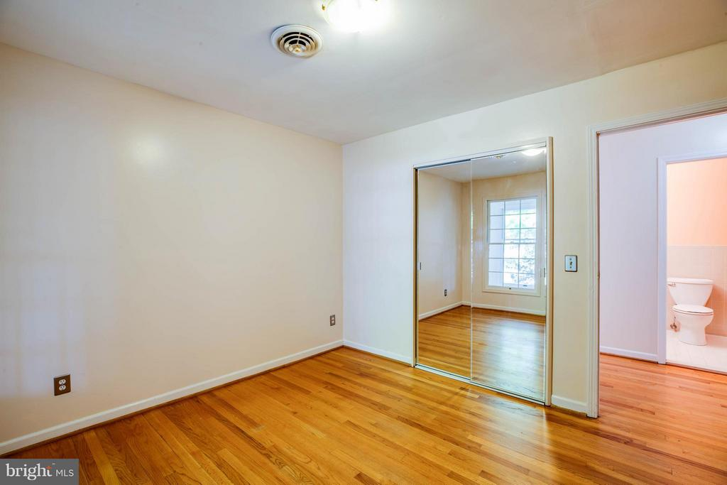 Bedroom #2 - 702 PAYTON DR, FREDERICKSBURG