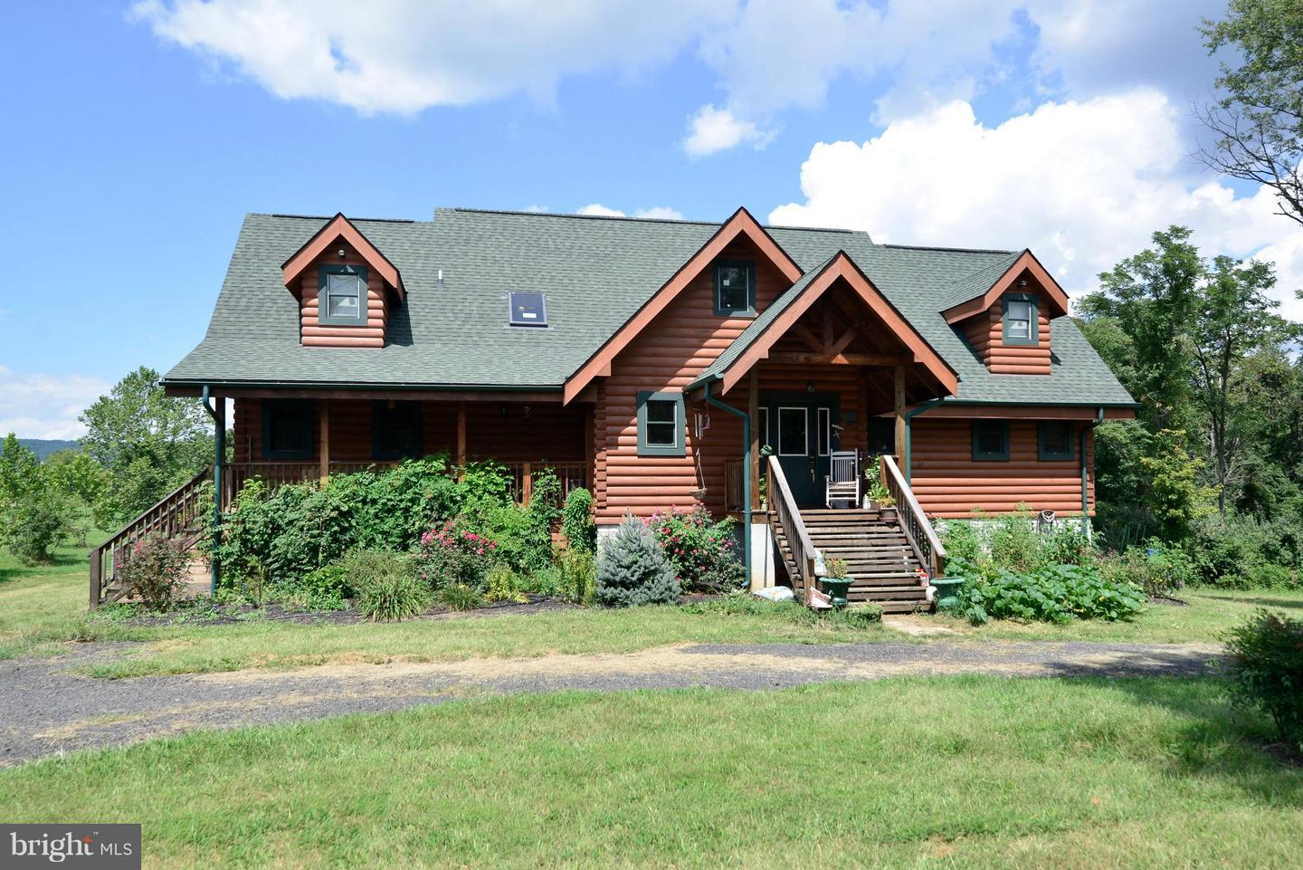 Other Residential for Rent at 34894 Paxson Rd Round Hill, Virginia 20141 United States