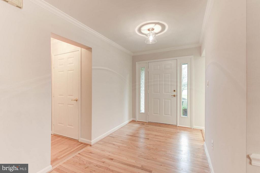 FOYER - REFINISHED HARDWOOD FLOORS, NEW LIGHTING! - 3417 SILVER MAPLE PL, FALLS CHURCH
