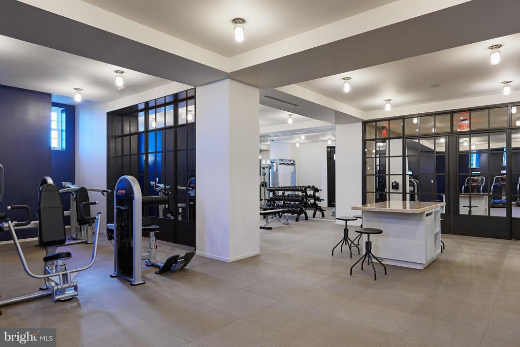 Fitness Center - 2660 CONNECTICUT AVE NW #7C, WASHINGTON