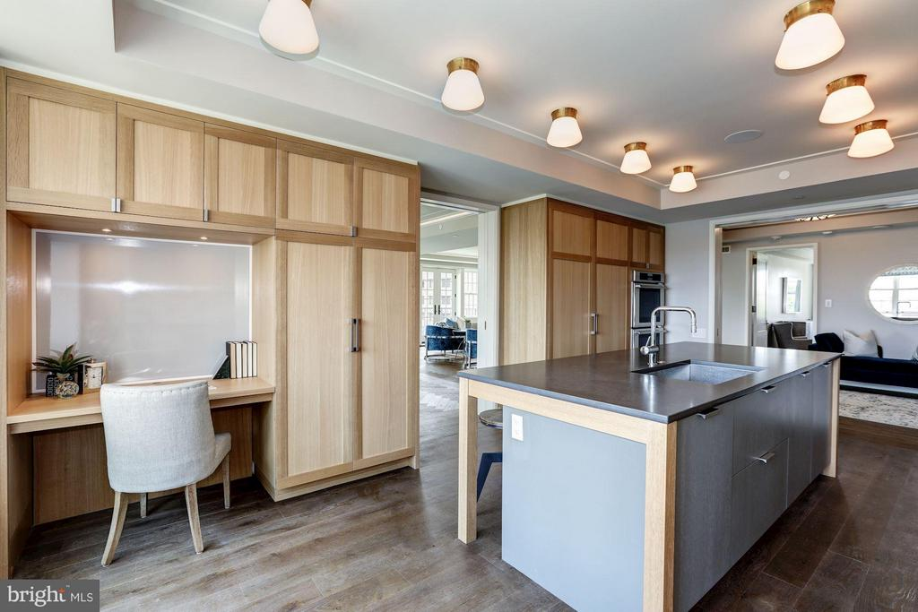 Chef's Kitche with Built-In Banquette and Desk - 2660 CONNECTICUT AVE NW #6D, WASHINGTON